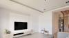 透过浅灰与白的微跳色、吊抽的门片木纹,以及立体的线条造型,让电视墙表现不过于花俏又不单调。