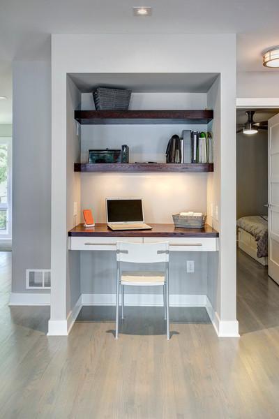 过道鸡肋空间改为书房的装修设计案例